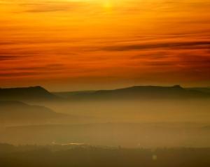 Silvesterwanderung auf den Hohenstaufen - Blick zur Teck und zum Neuffen - 2ooodreizehn
